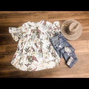 NWT Annabelle floral shirt
